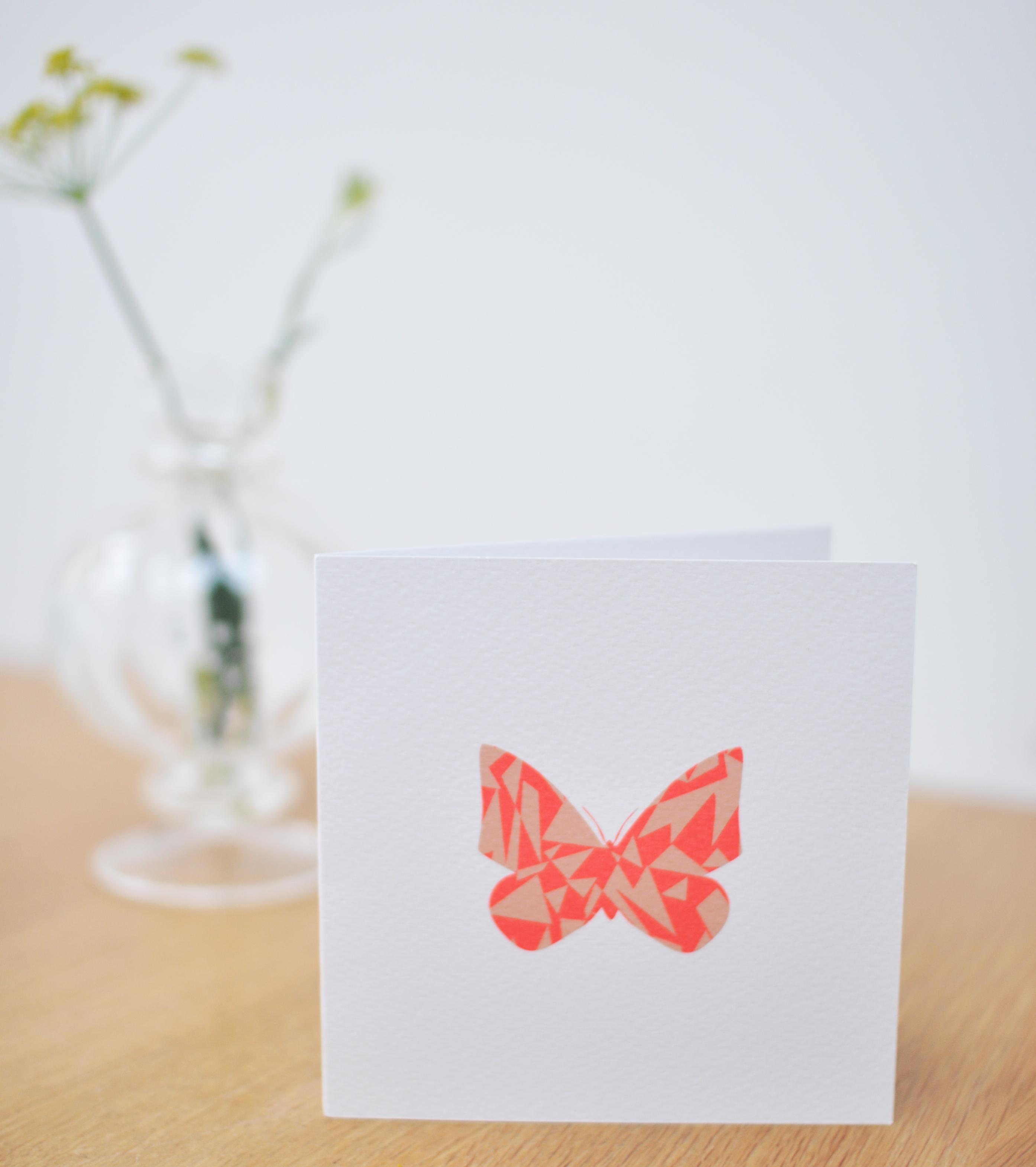 Geboortekaartje vlinder fluor buitenzijde